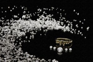 Pawn, sell, or purchase diamonds in East Mesa, Arizona with Private Pawn company.